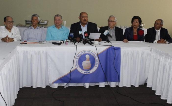 """Dirigentes """"peñagomistas"""" votarán por Luis Abinader"""