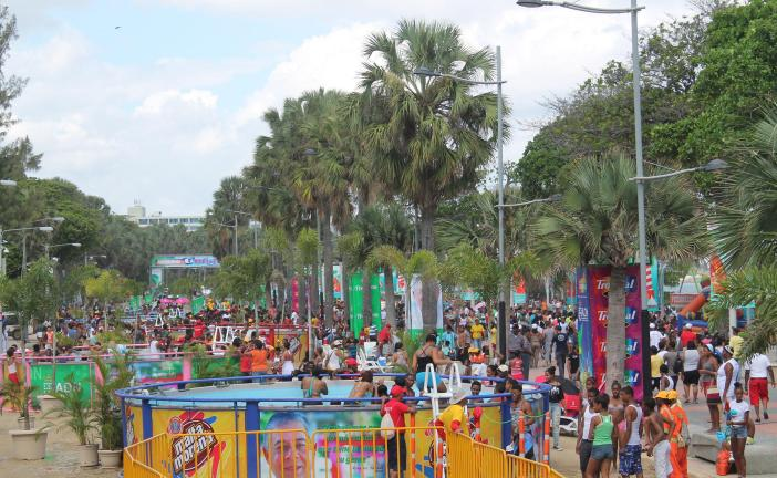 Miles acudieron a Güibia 'resort' 2015