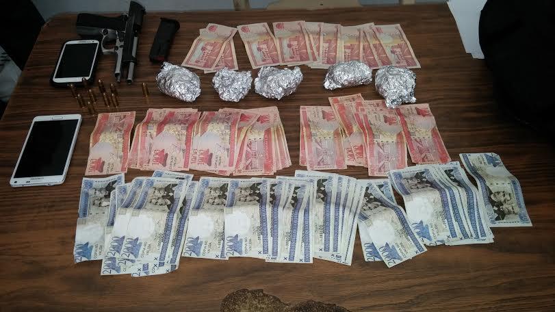 Detienen con droga agente de la DNCD y exagente de la PN