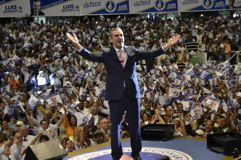Luis Abinader propone una amplia concertación política y social por  el cambio