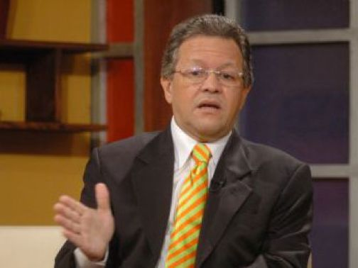 """Humberto Salazar: """"Ahora tenemos tres PRD en el país"""""""