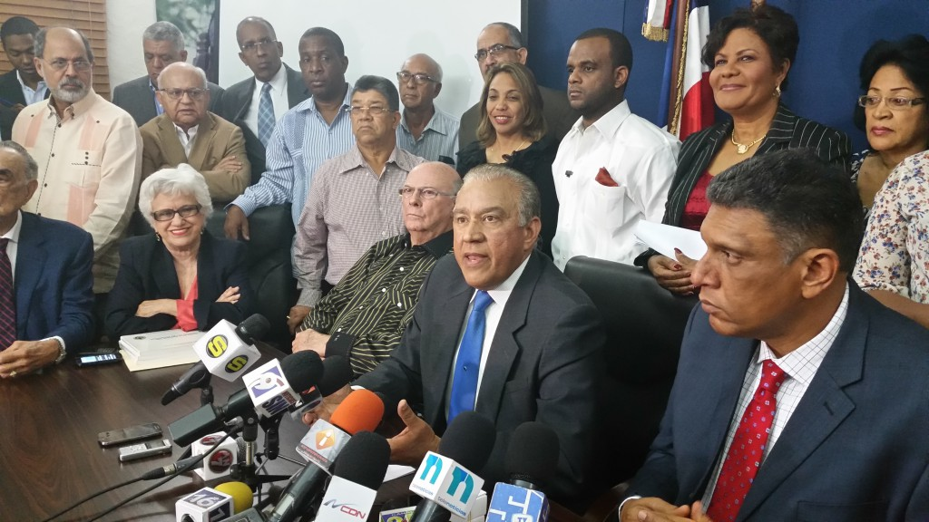 PRM informa rechazo por conductas inadecuadas de precandidaturas a Alcaldías