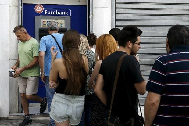 Corralito en Grecia. Mañana lunes cierran los bancos y restrigen la fluidez del capital