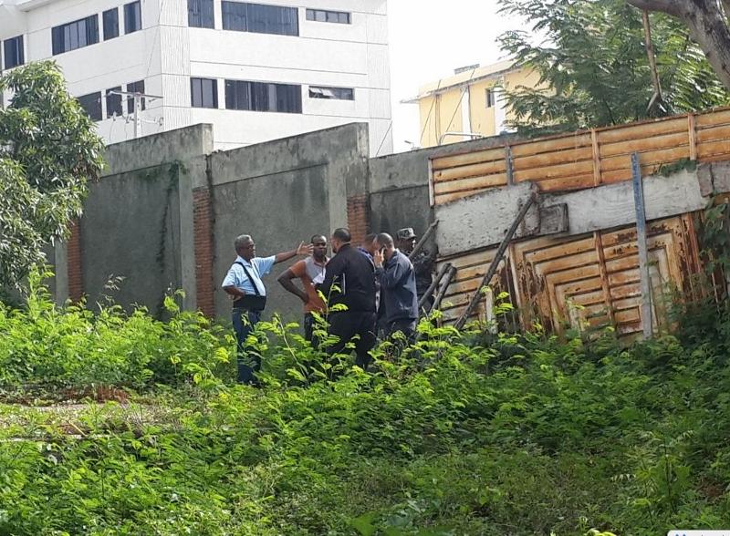 El cadáver calcinado de una mujer fue hallado en una residencia desocupada de El Millón