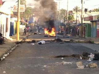 Inmigrante haitiana pierde la vida durante protestas en Higuey