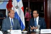 Navarro resalta compromiso del Congreso con iniciativa de defensa al país