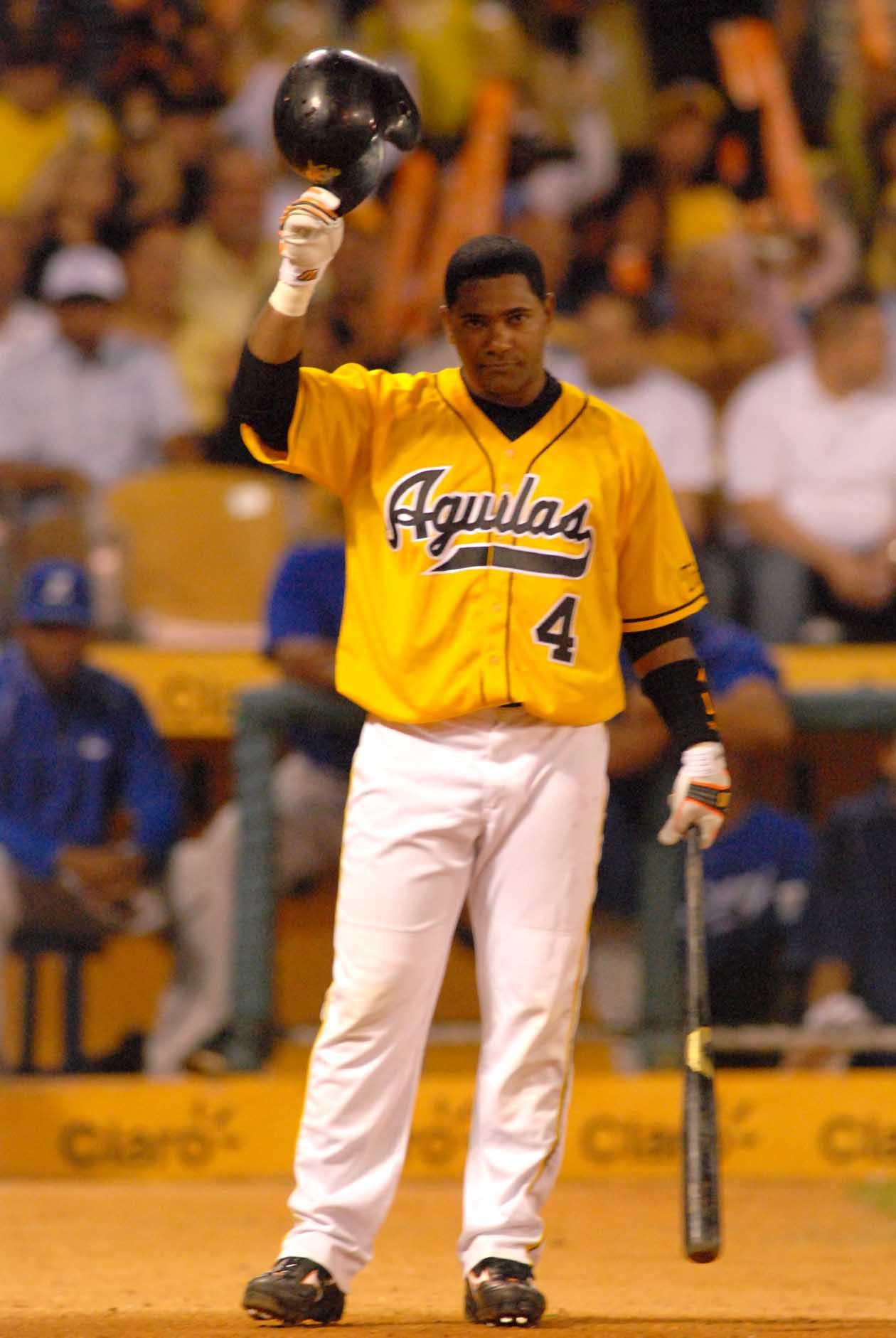 Miguel Tejada anuncia su retiro del béisbol