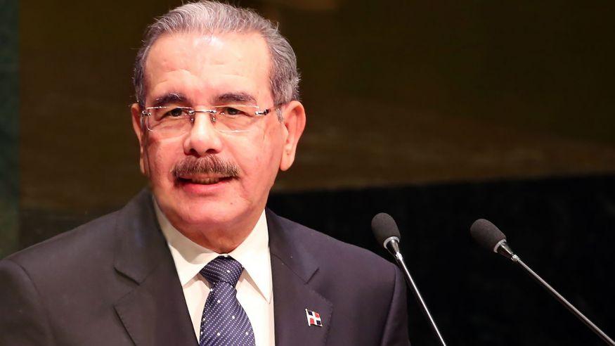 Danilo convida a los países de la región a combatir la pobreza