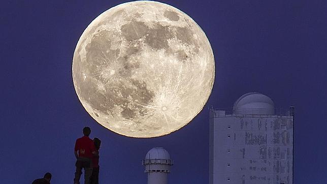 El mundo disfrutó la Super Luna y el eclipse