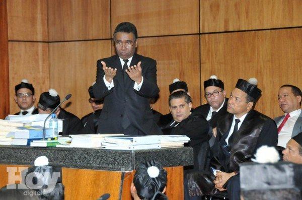 Senador Félix Bautista: vivo, suelto y en la capital