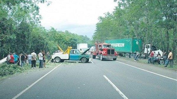 Ocho muertos y veinte heridos en accidente tramo Verón-Higuey