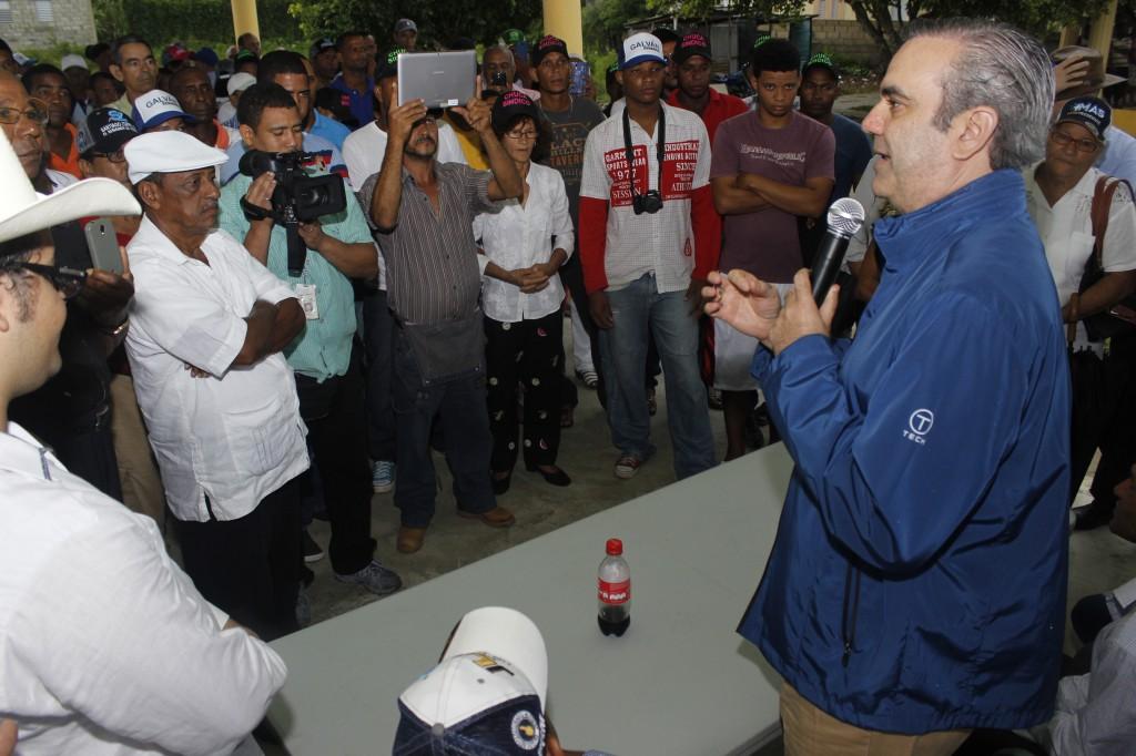 Luis Abinader afirma fuga de pilotos y otros escándalos reflejan vacío de autoridad
