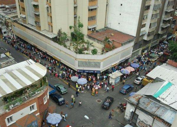 Comienzan las votaciones en Venezuela