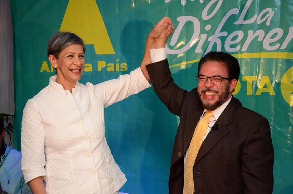 Guillermo Moreno escoge su compañera de boleta