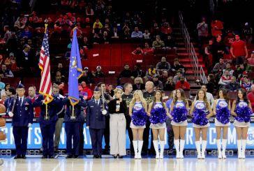 Giselle Tavera honrada al cantar el himno de EE.UU en la NBA