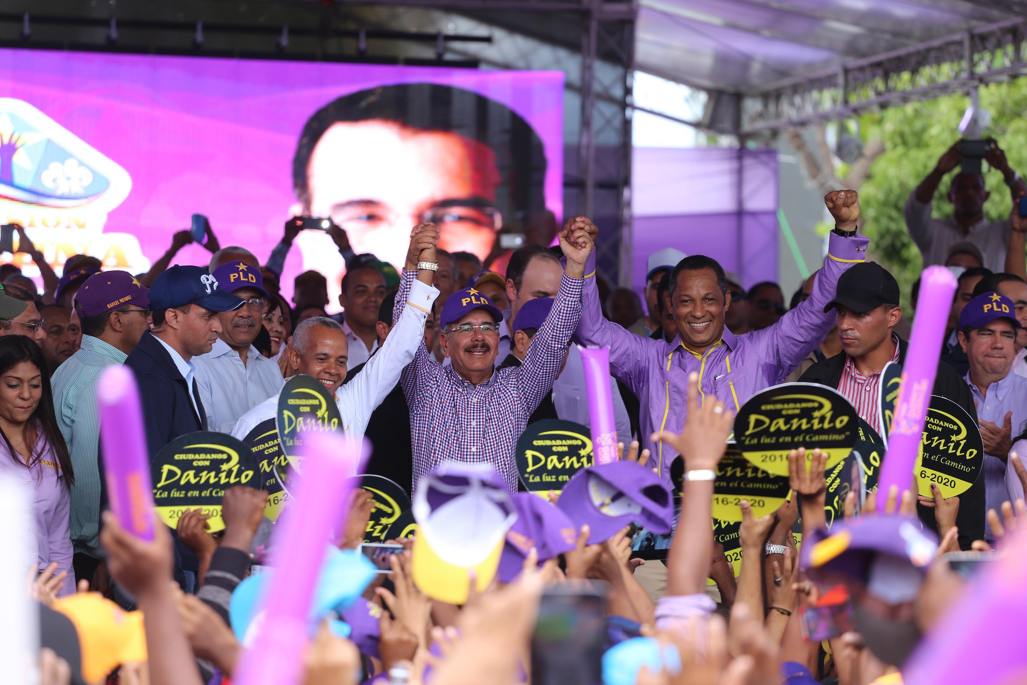 Danilo revela su candidatura tiene 64 % de simpatía