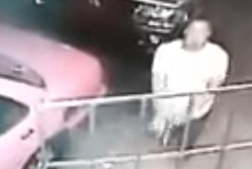 Hombre mata delincuente que lo asaltó frente a su casa