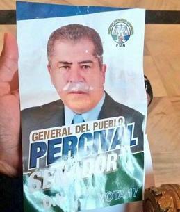 Detienen a Pércival Peña por lanzar afiches en el Palacio Nacional desde avioneta