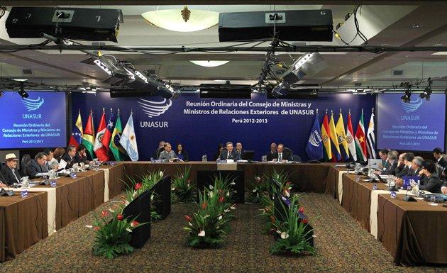 Cancilleres de Unasur se reunirán en Quito para evaluar situación de Venezuela
