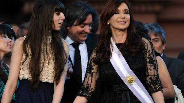 Cristina no puede cobrar la pensión como ex presidenta de Argentina: le inmovilizaron la cuenta