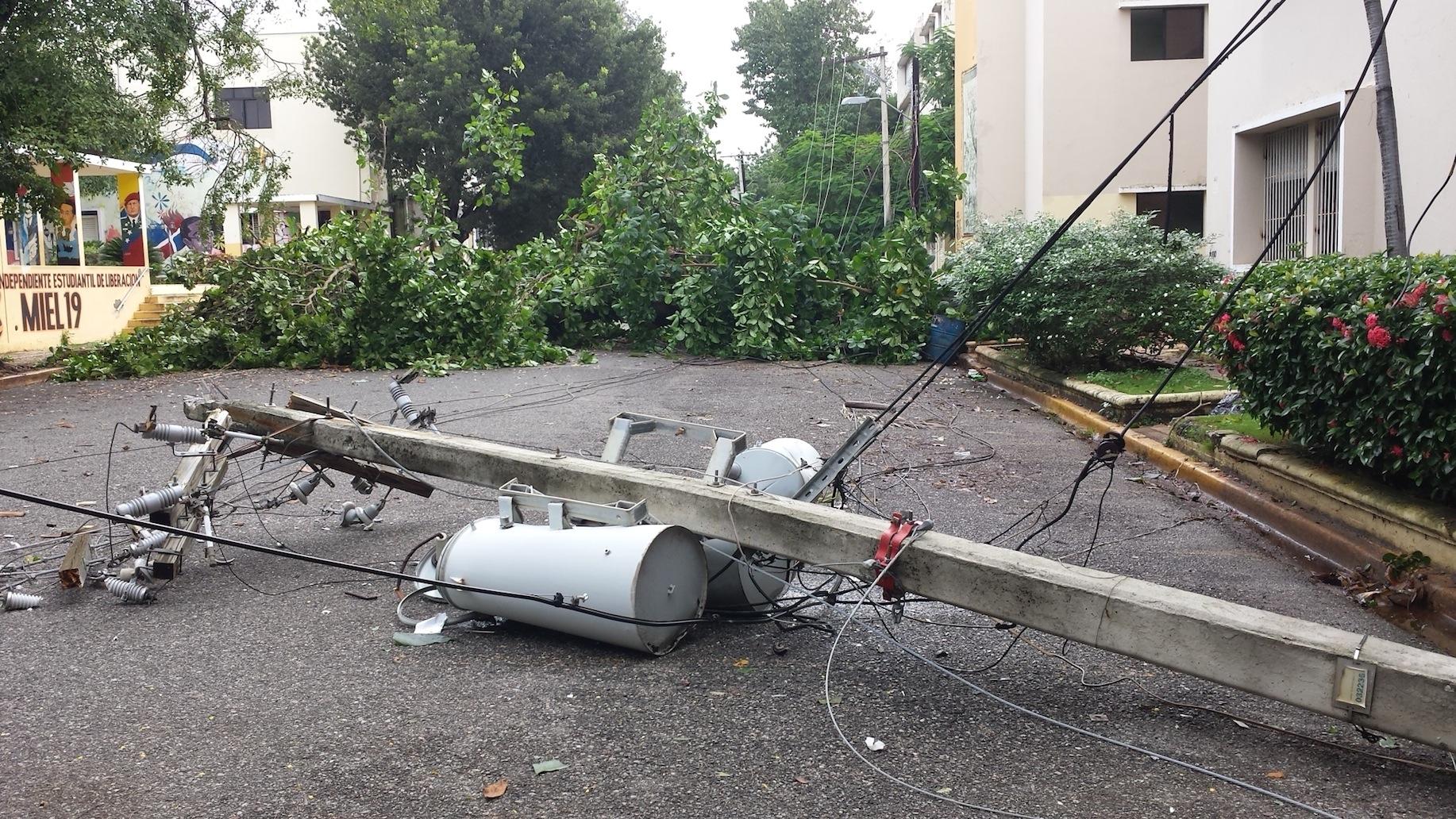 Los vientos de Matthew producen daños en la UASD
