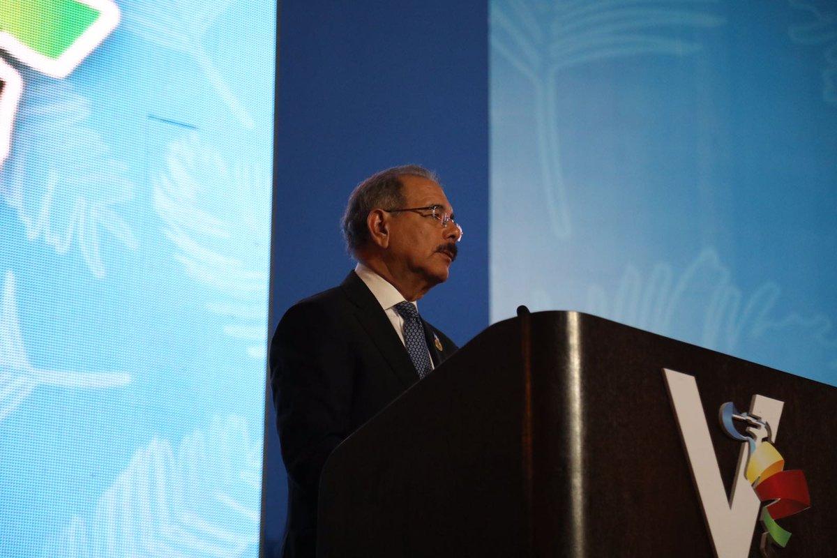 """Danilo Medina advierte contra """"guerras comerciales"""" en cumbre de Celac"""
