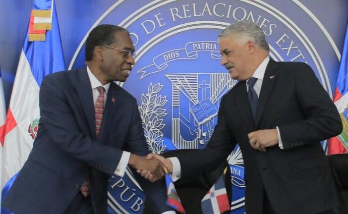 Canciller Miguel Vargas aboga por impulsar más las relaciones dominico-haitianas