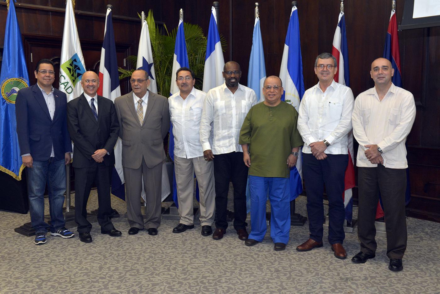 Ministros de Medio ambiente de la CCAD sesionan en Santo Domingo