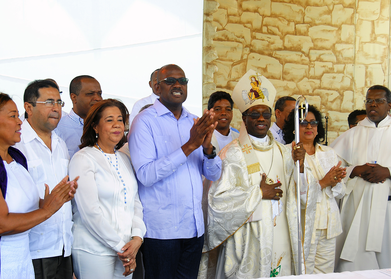 """Con eucaristía clausuran en Santo Domingo Este  """" Semana Santa en Valores"""""""