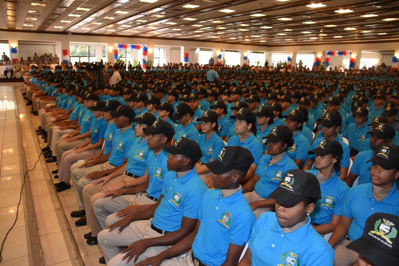 Ministerio de Defensa gradúa 1,751 jóvenes en Servicio Militar Voluntario