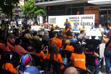 """Oposición venezolana forma comités ciudadanos para """"rescatar"""" la democracia"""