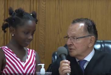 Frank Caprio, el juez que pide a los niños que multen a sus padres