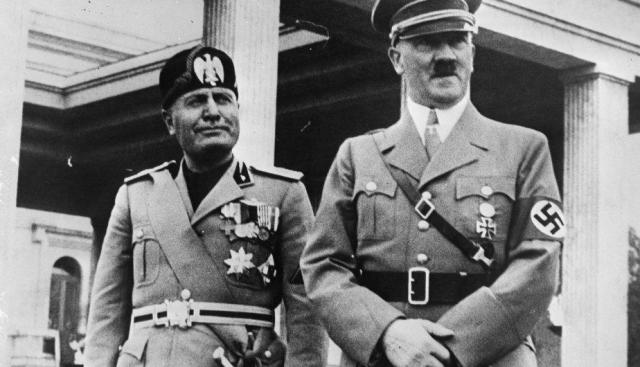 Benito Mussolini y Adolf Hitler.