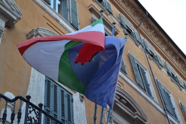 Tensión entre Italia y Europa. (Ahora Roma)