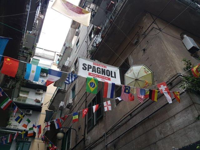 Baririo Español o Quartiere Spagnolo, Nápoles (Foto: ahoraroma.com).