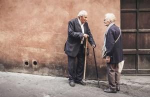 Ancianos.
