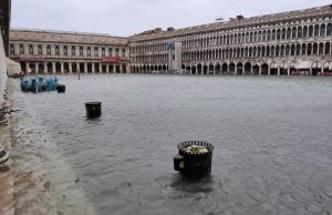 Plaza de San Marcos inundada.