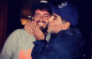 Diego Maradona Sinagra y su padre.