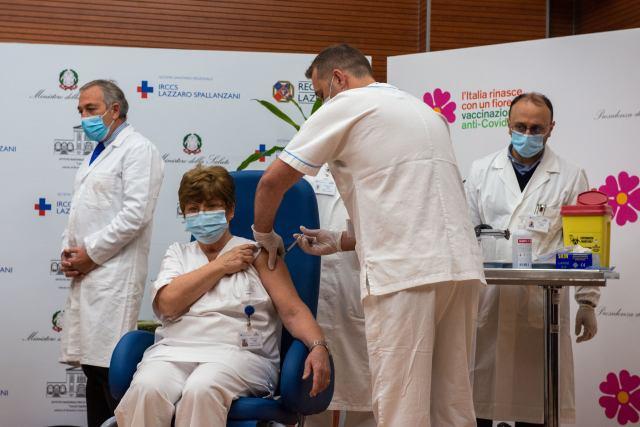 Vacunación contra el COVID-19 (Foto: Ministerio de Sanidad)