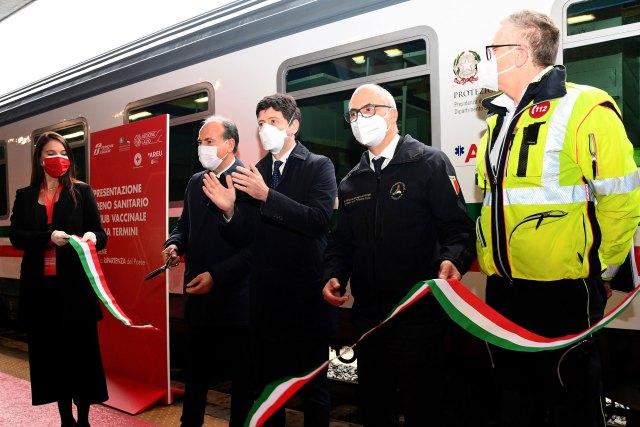 Inauguraron el tren sanitario en Termini (Foto: Ferrovie dello Stato)