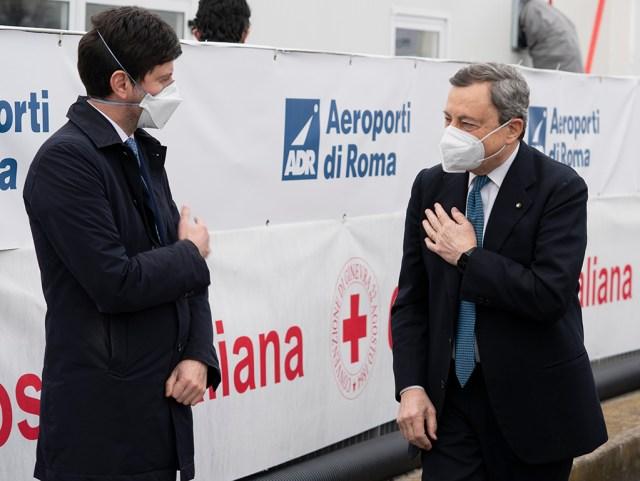 El ministro de Sanidad, Roberto Speranza y el primer ministro Mario Draghi (Foto: Governo)