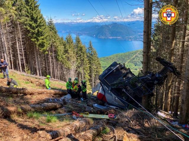 El accidente del teleférico en el Piamonte (Foto: Soccorso Alpino)