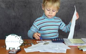Papá, ¿me puedes dejar dinero? Pues firma aquí