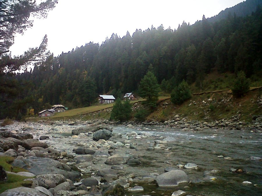 Cottage on the banks of Lidder River Pahalgam