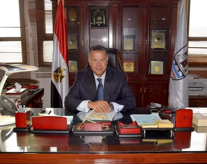 محافظ بني سويف: الموافقة على 233 طلب تقنين لاراضي أملاك الدولة وتحرير 51 عقد ابتدائي وفحص الطلبات المقدمة بنسبة 100%