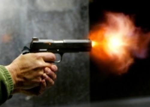 موظف بالمعاش يُطلق النار على نفسه بسبب خلافات على الميراث بسوهاج