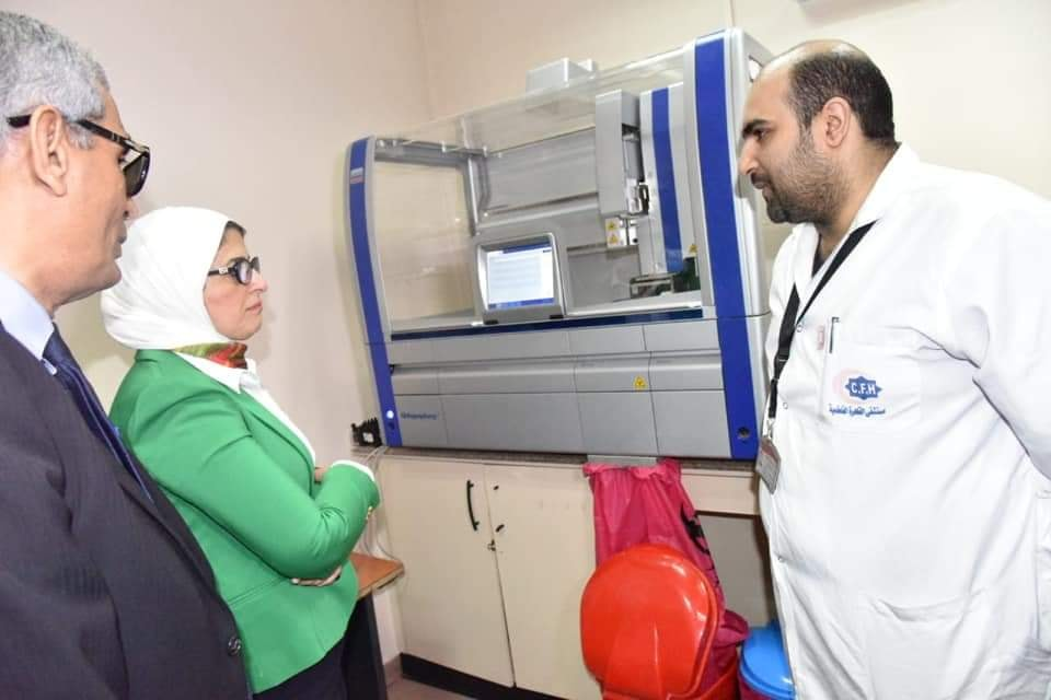 """وزيرة الصحة تتابع عمل """"100مليون صحة"""" بمستشفى القاهرة الفاطمية ووحدة صفط اللبن"""