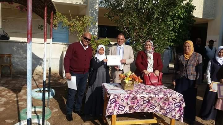فتيات الغردقة ع/ث تحصد المركز الرابع على مستوي الجمهورية في الشعر