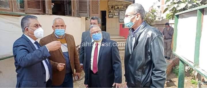 """""""منصور"""" يتفقد لجان الامتحانات بالباجور"""