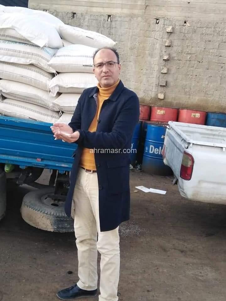 ضبط سيارة نصف نقل على متنها كمية من الأرز المستورد تقدر بعدد شيكارة بإجمالي وزن 9.459 طن غير صالح للاستهلاك الادمي